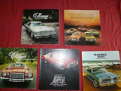N° 2003 / 5 catalogues  DODGE  1976   DART /Monaco /Charger /Aspen