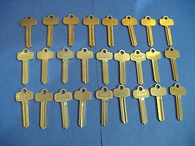 Lot Of 155 Piece Key Blank Assortment Fits Best & Home And Office