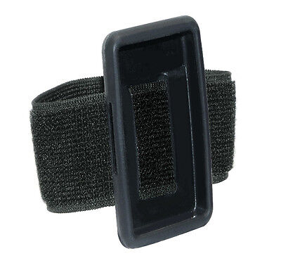 Philips PAC022 Go Gear Move ArMBand And Silicone Pouch Black