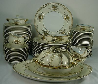 MEITO china WESTMINSTER Gold Encrusted #622 pattern 92-pc SET SERVICE for 12