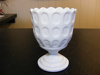 VINTAGE E O BRODY MILK GLASS PEDESTAL THUMB PRINT CANDY / BOWL COMPOTE M 4200