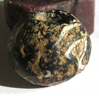 RARE LARGE ANCIENT BLACK/WHITE FOLDED GLASS BEAD 18mm x 22mm