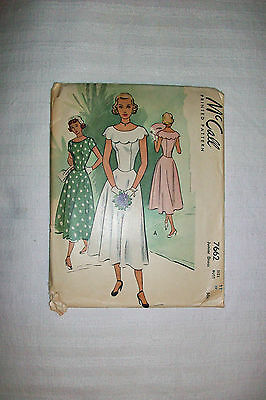 ~^~ Vintage 40's McCall's Sewing Pattern # 7662  Junior Dress Size 11 ~^~