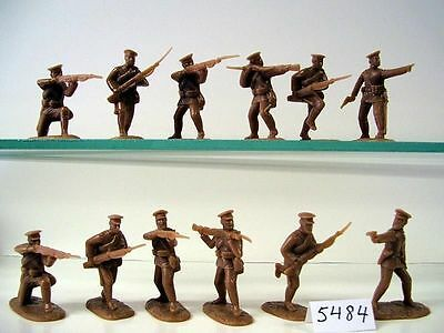 Armies in Plastic AIP5484 1/32 World War 1 Russian Army 1914 – 1918 X 20