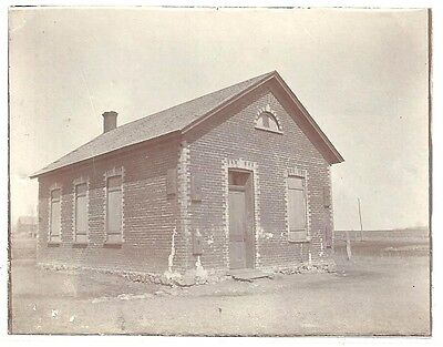 Photo of the Old School House in New Ulm Minnesota c1900