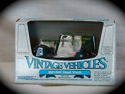 1932 FORD PANEL TRUCK 1:43 ERTL VINTAGE VEHICLE REPLICA #2504 DIECAST TRUCK-NIB