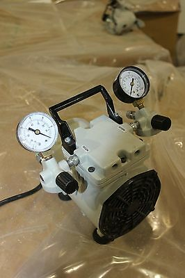 Welch WOB-L Pump 2522B-01 Laboratory Vacuum Pump & Pressure  WORKING