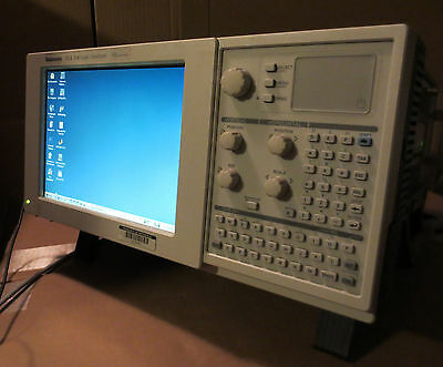 Tektronix TLA714 Portable Color Logic Analyzer Mainframe 1S w/ TLA7PG2 & TLA7M3