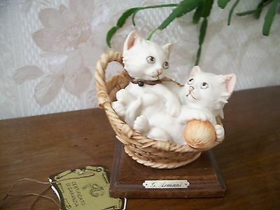 """G. ARMANI Figure Figurine Statue Sculpture """"Two Cats in Basket"""" Kittens, Italy"""
