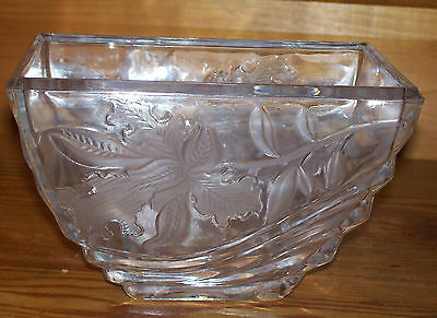 "WINDOW SILL CLEAR GLASS PLANTER ETCHED LEAVES & SWIRL DESIGN 6"" LONG X 4"" WIDE"
