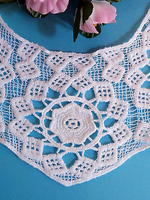 "376# CHARMANTE ENCOLURE APPLICATION /"" ROSACE /"" FAIT MAIN CROCHET COTON VINTAGE"