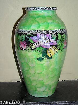 "Rare 1940's Maling 6457 Columbine, green wave large 9"" high Vase - good cond."