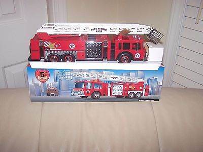 Texaco- Port Arthur #97- Chrome Version Fire Truck- Mib