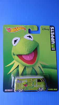 2014 Hot Wheels New Pop Culture The Muppets Volkswagen T1 Panel Bus Real Riders
