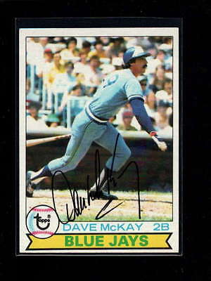 1979 TOPPS #608 DAVE McKAY AUTHENTIC ON CARD AUTOGRAPH SIGNATURE AU2121