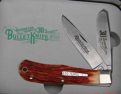 Remington 2012 2 Blade Trapper R1123 30th Anniversary Bullet Knife in Tin USA
