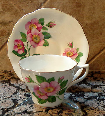 MADE IN ENGLAND BONE CHINA TEACUP & SAUCER - PINK FLOWERS W/GOLD TRIM
