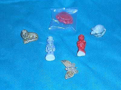 MIXED LOT RARE & VINTAGE *WADE FIGURINES *BUTTERFLY *TURTLE *CRAB *CALENDAR ++++