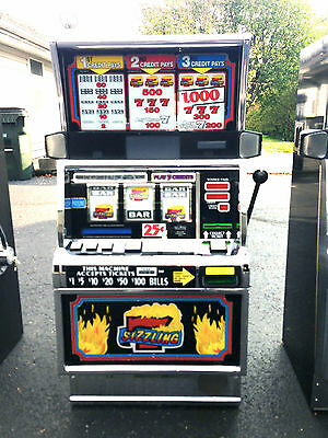 """IGT S2000 COINLESS SLOT MACHINE """"SIZZLING 7""""  *POPULAR GAME*"""
