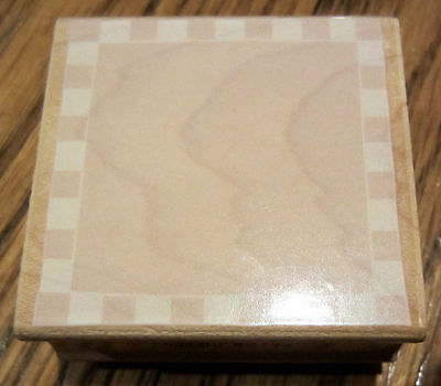 Checkerboard Edge And Background E2331 Hero Arts Wooden Rubber Stamp