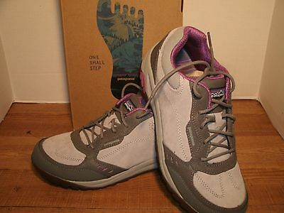 womens PATAGONIA  PEAK SNEAK SHOES size 10  med NEW IN THE BOX HIKING N TRAIL