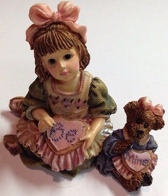 "Boyds Yesterdays Child #3539 ""Alyssa with Caroline...A Stitch In Time"""