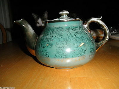 Vintage Antique TEAPOT Porcelain Green Real Gold 4 Cup Server Lid Repaired NICE