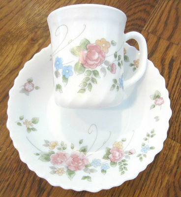 """(Arcopal/France) White With And Floral Soup Bowls And Mugs 6.5"""" Diameter Fluted"""