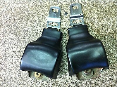 1970 FORD MUSTANG MACH 1 BOSS 302 SEAT BELT RETRACTOR  SET BLACK USED