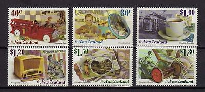 12019) NEW ZEALAND 1999 Nostalgia - Collectibles - Stamps on Stamps -  MNH**