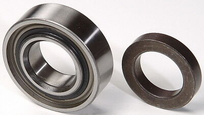 (2SETS) FORD 9 AXLE RW207CCRA  & 9569S 28 or 31 SPLINE REAR SMAL BEAR. WITH SEAL