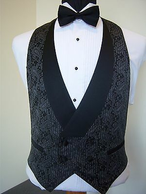 Charcoal Formal Vest - Paisley print - Excelent used condition - GEN