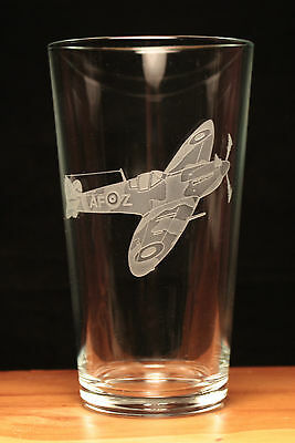 Spitfire WW2 RAF Aeroplane Aircraft engraved pint glass gift present