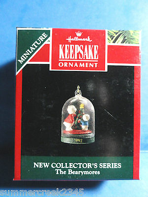 "Hallmark ""The Bearymores"" Miniature Ornament 1992"