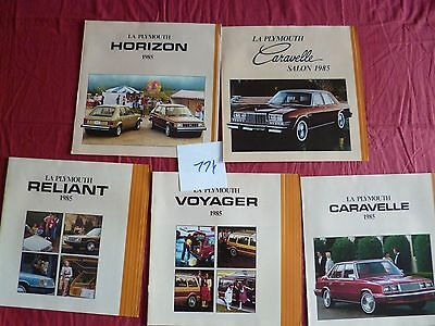 114 /  CHRYSLER PLYMOUTH  5  catalogues ou dépliant  en français 1985
