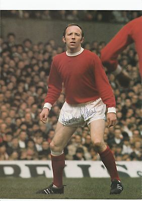 Nobby Stiles Manchester United 1960-1971 Original Hand Signed Picture Cutting