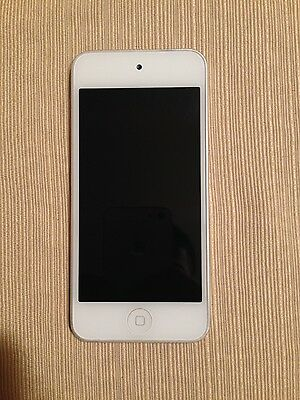 Apple iPod touch 5th Generation White Silver (32 GB)