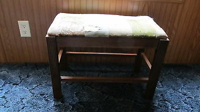 ANTIQUE WOODEN PADDED VANITY BENCH. TOP NEEDS TO BE REUPHOLSTERED.  WOODEN