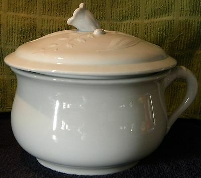 J & G Meakin White Ironstone Chamber Pot Floral Flower On Lid Handle Pot & Lid