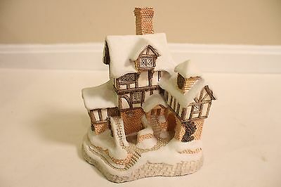 David Winter 1987 Special for Christmas Ebenezer Scrooge's Counting House Signed