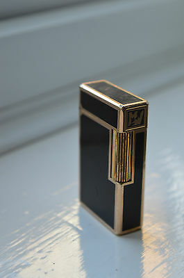 Vintage St Dupont Chinese Lacquer Lighter 789CBJ