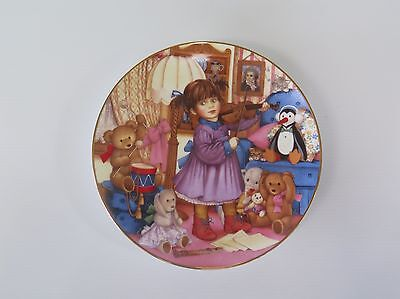 """The 1994 Carol Lawson Plate """"practice Makes Perfect"""" From Franklin Mint"""
