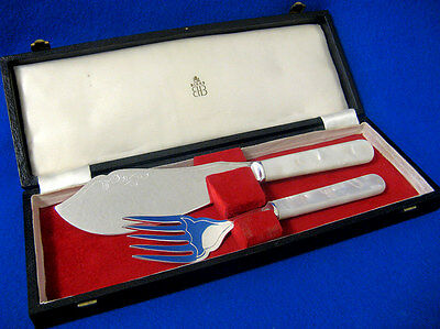 GORGEOUS 1930's BIRKS ENGLISH SILVER & MOTHER OF PEARL FISH SERVERS SET w/ CASE