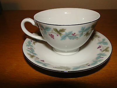 Lot of 5 - Vintage Fine China of Japan #6701 Grapes/Leaves, Coffee Cup & Saucer