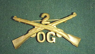 US ARMY Enlisted  2nd INFANTRY Co. OG COLLAR INSIGNIA pin c. 1905