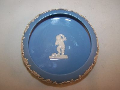VINTAGE JASPER WARE MADE IN ENGLAND SINCE 1800 DISH
