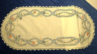 "VNTG. EMBROIDERED,CROCHETED RUNNER W/BLACK STITCHED BORDER W/ FLOWERS  36""X13 """