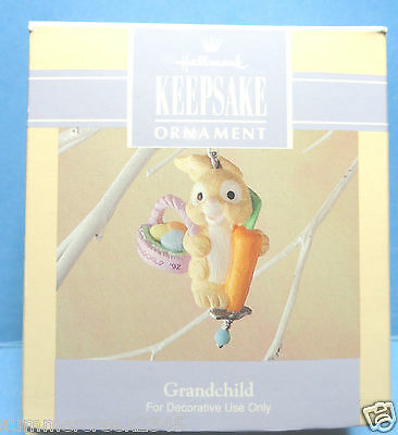 "Hallmark ""Grandchild"" Spring Easter Collection Ornament 1992"