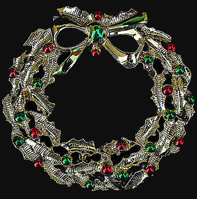 Vtg Gerrys Christmas Wreath Pin Goldtone Red/Green Enamel Accents