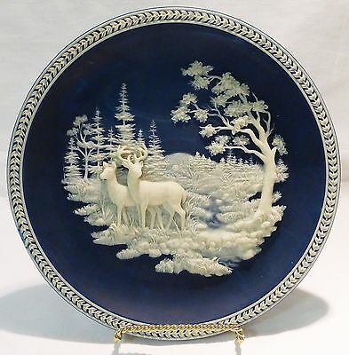 Don cliff designed incolay deer/buck plate at Stream's Edge blue/white 1993